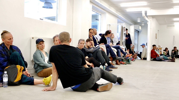 Contemporary dance and philosophy performance by Love Enqvist at index gallery in Stockholm